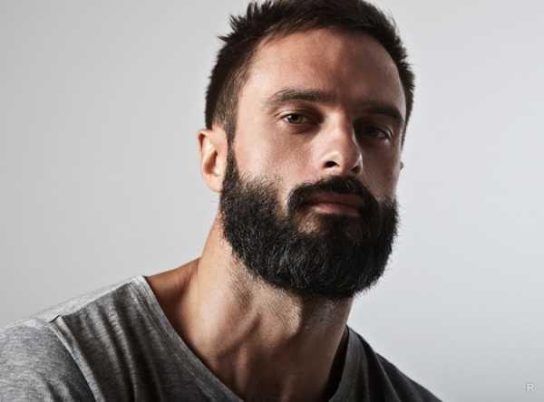Бородатый или чисто выбритый: каких мужчин предпочитают женщины