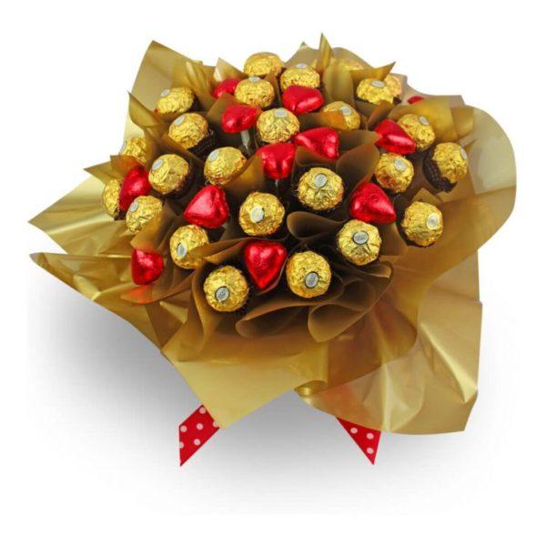 Букет из конфет в подарок девушке на 17 лет