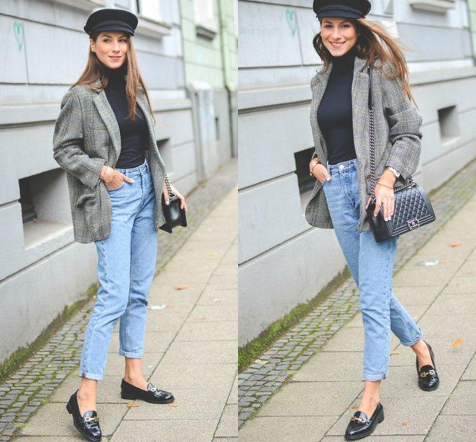 черные лаковые лоферы с джинсами и блейзером
