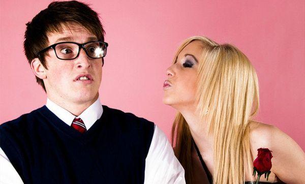 Как перестать бояться общения с девушками