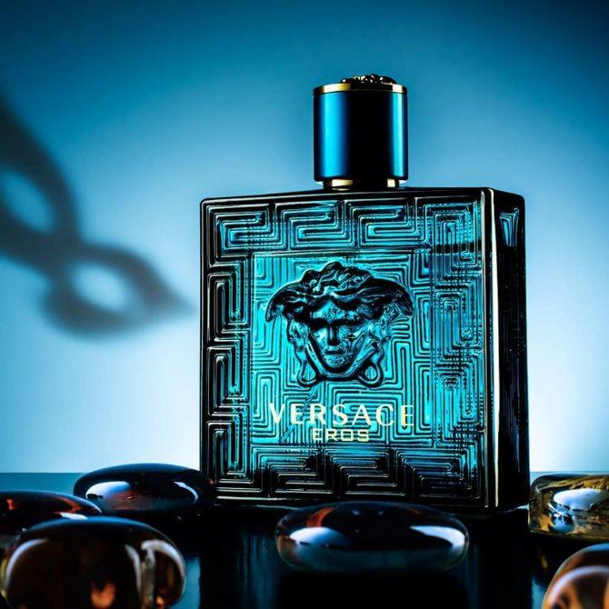модные мужские духи Versace Eros