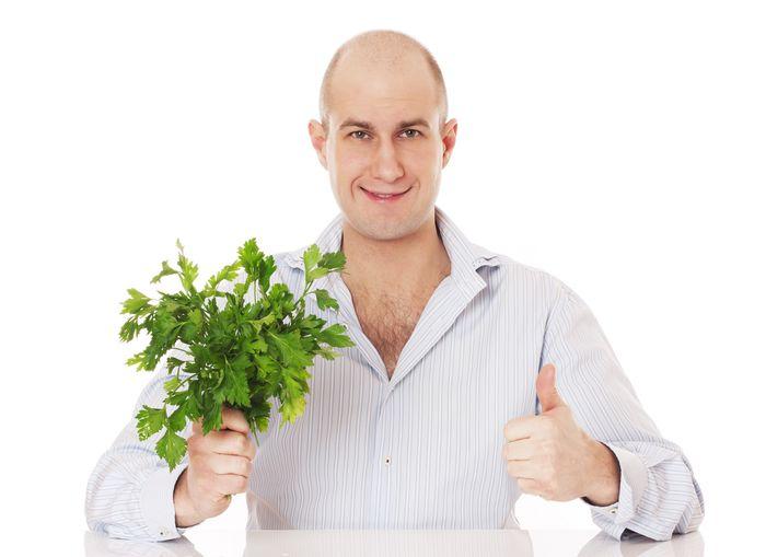 Полезные свойства и противопоказания петрушки для мужского здоровья