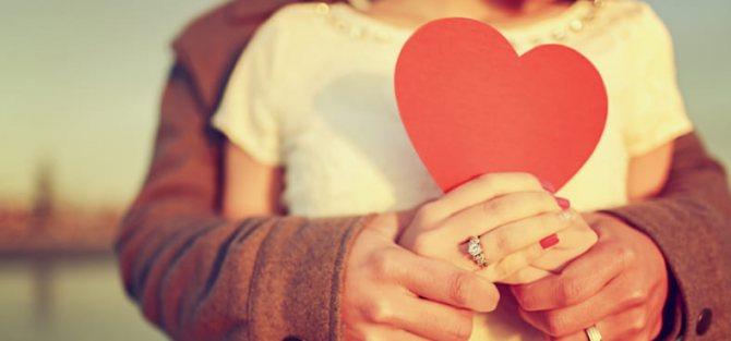 Признаки влюбленности у женщин и мужчин