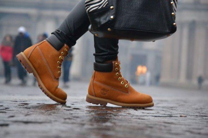 С чем носить рыжие женские ботинки фото, советы по стилю
