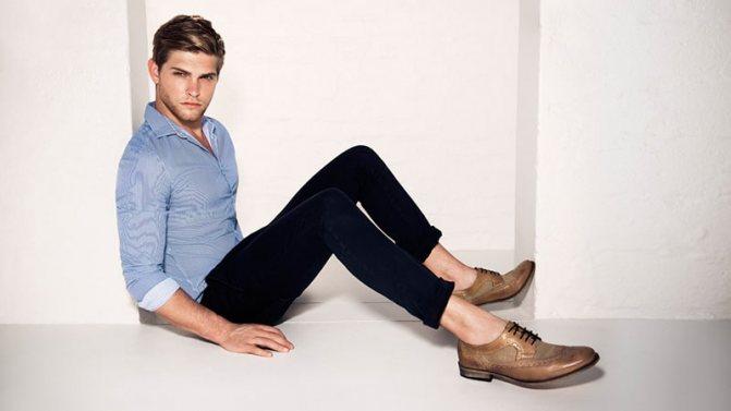 С чем носить женские коричневые ботинки