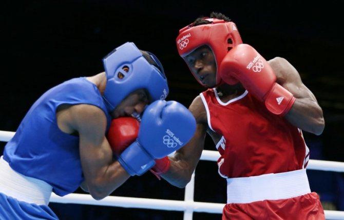 Все удары в боксе - нижний удар в боксе - Сильный удар в боксе